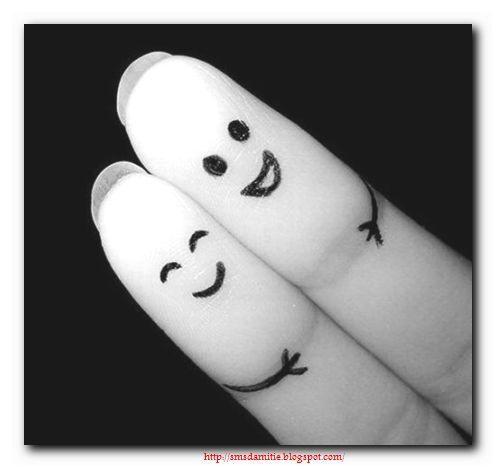 amitiés,amis,tendresse,loyauté,heureux,vrais,véritable,sens,chaleur,convivialité,réflexion,comprendre,savoir,connaître