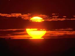 dickinson,poésie,poétesse,américaine,gallimard,quatrains,soleil,réflexion,comprendre,savoir,connaître
